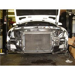 Audi A4 2,0TFSi B7 Evolution Racewerks dubbla sido intercoolers på original plats